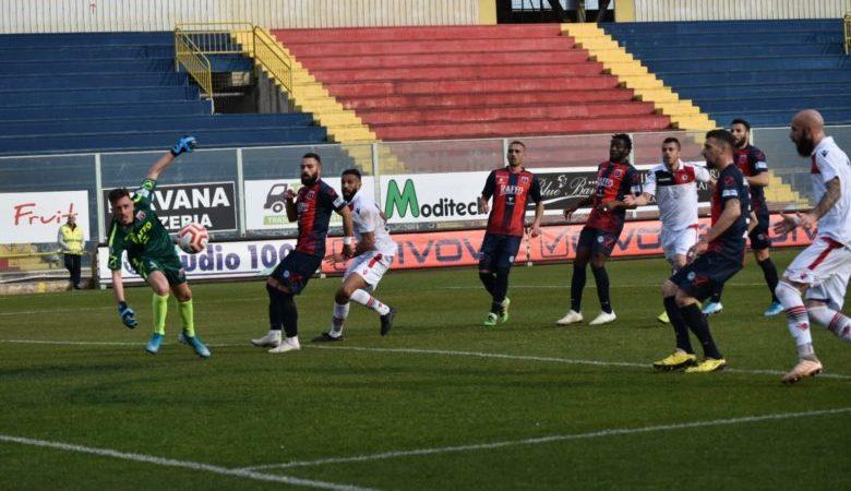 TARANTO-FOGGIA FINISCE 0-1